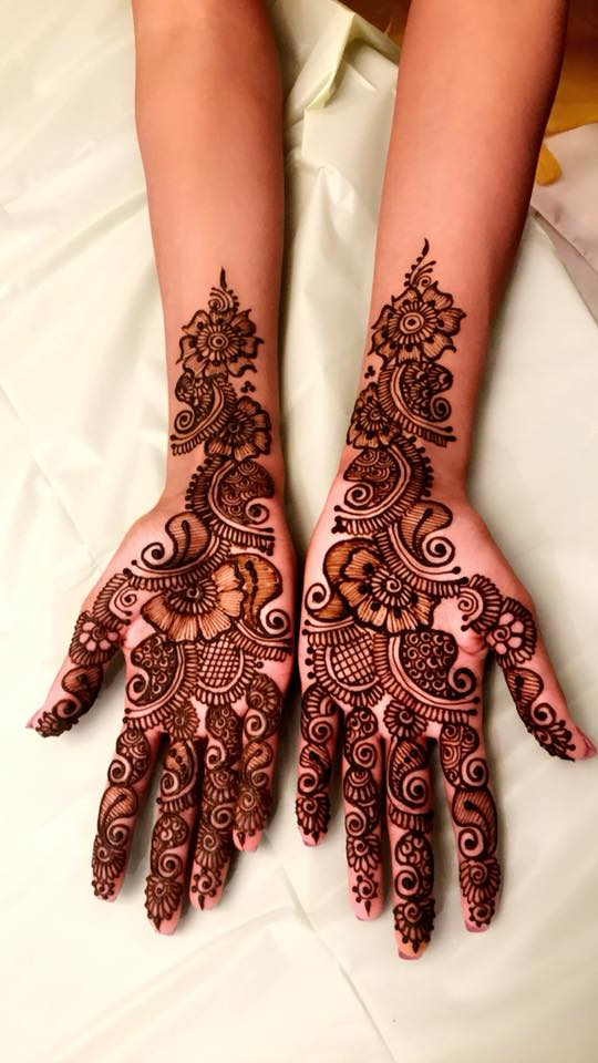 20+ Best Mehndi Designs for Bridesmaids!, 5. All Time Floral design