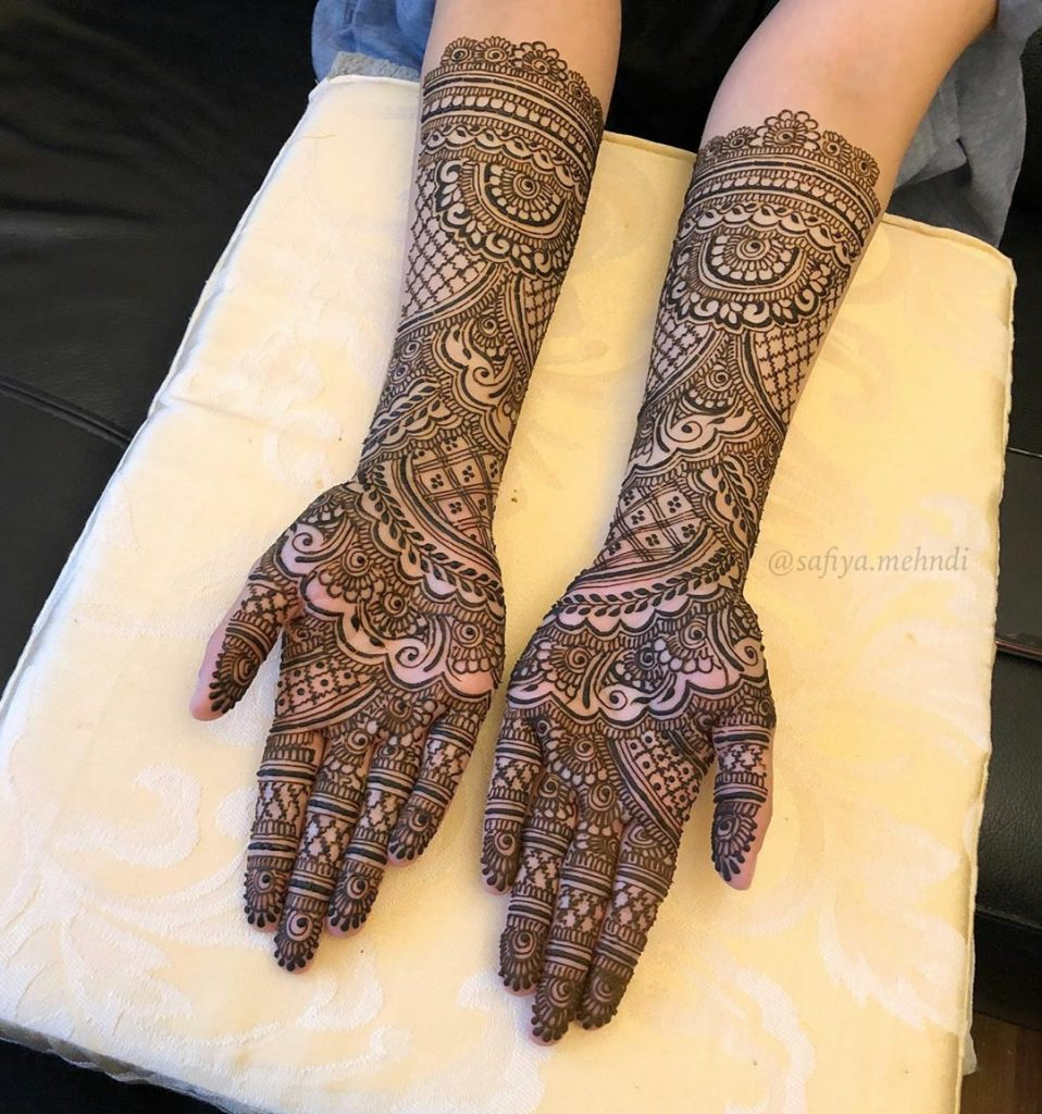20+ Amazing Floral Mehendi Designs, Front of the hand