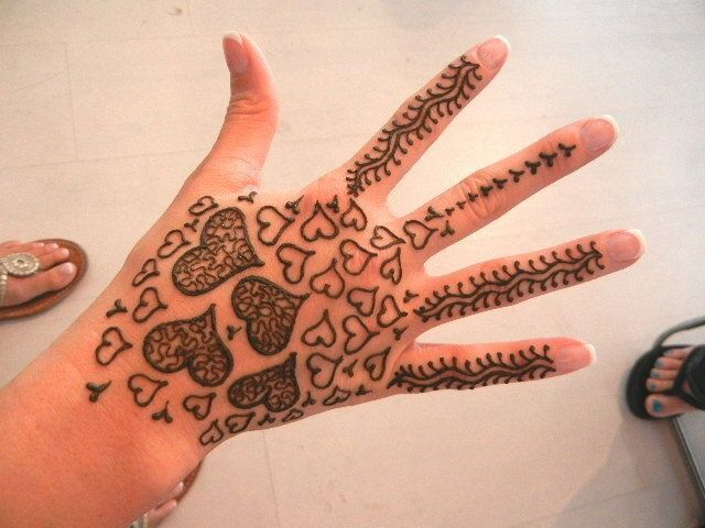 15+ Unique Mehendi Designs for Kids Hands– Check Out Now!, Hearts all over