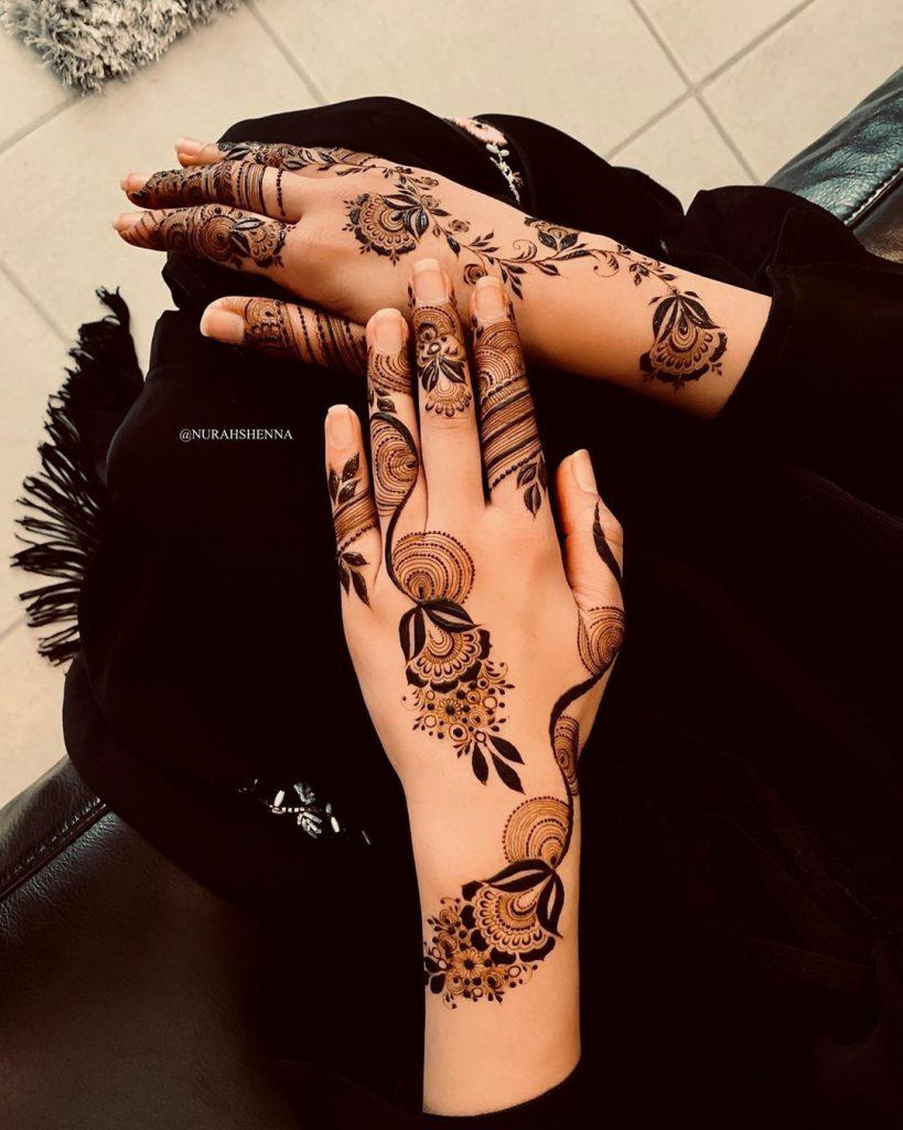 20+ Best Mehndi Designs for Bridesmaids!, Jhumka Mehendi Design