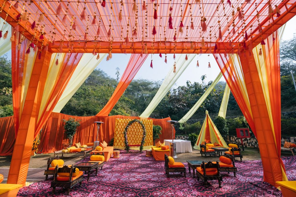 Perfectly Planned NRI Wedding of Punjabi Couple- Gurpreet & Shiv, Mehandi JAI