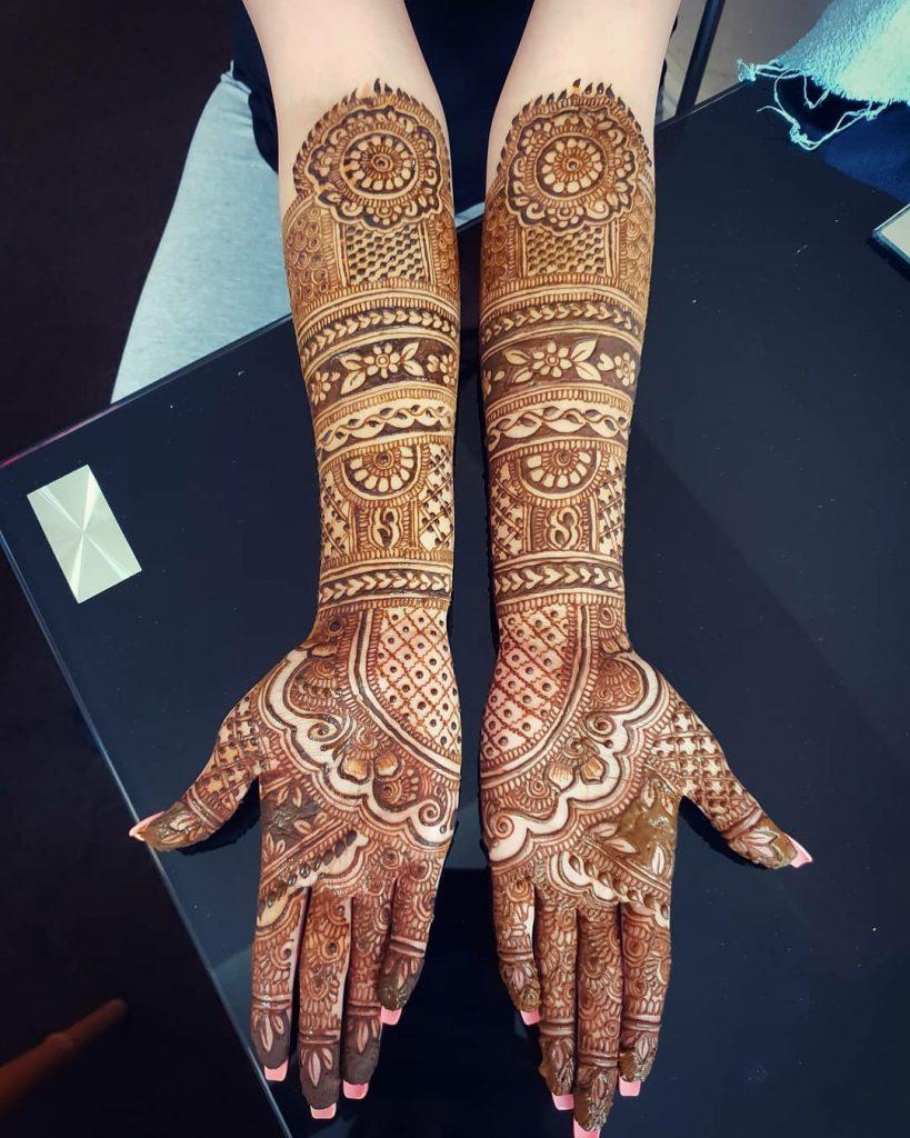 10 Rockstar Mehendi Artist You Must Follow for your henna Inspo!, Salima Virani 1