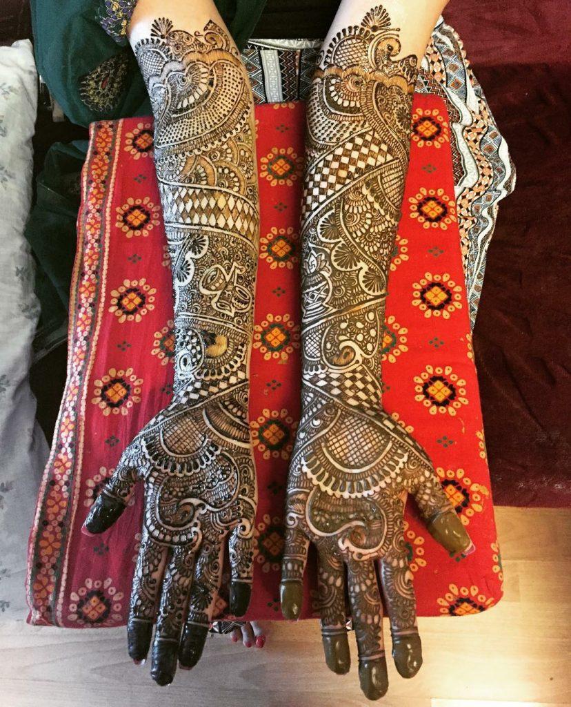 10 Rockstar Mehendi Artist You Must Follow for your henna Inspo!, Salima Virani 2