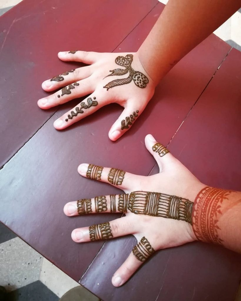15+ Unique Mehendi Designs for Kids Hands– Check Out Now!, Simple Mehendi Art