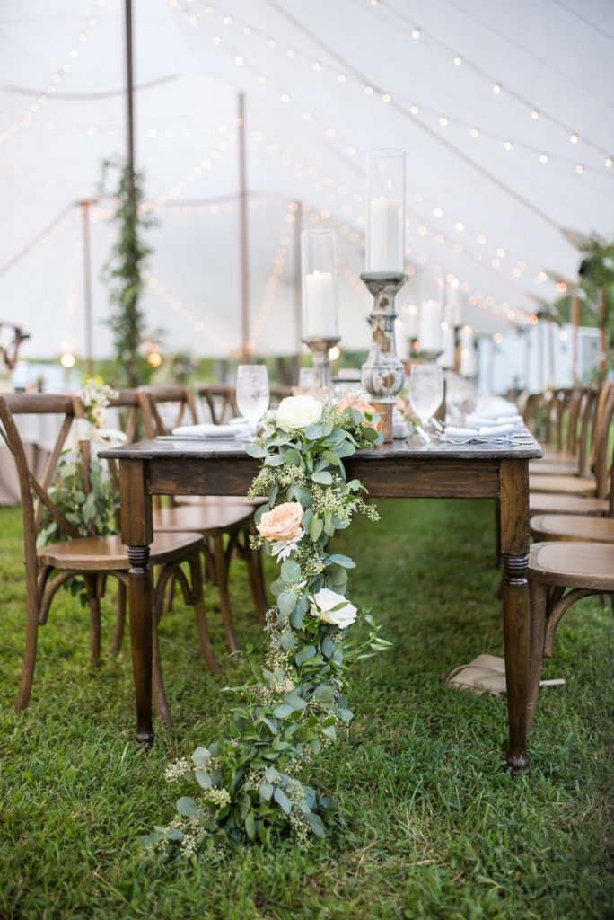 13 Stunning Backyard Decor Ideas for Intimate Weddings, 4