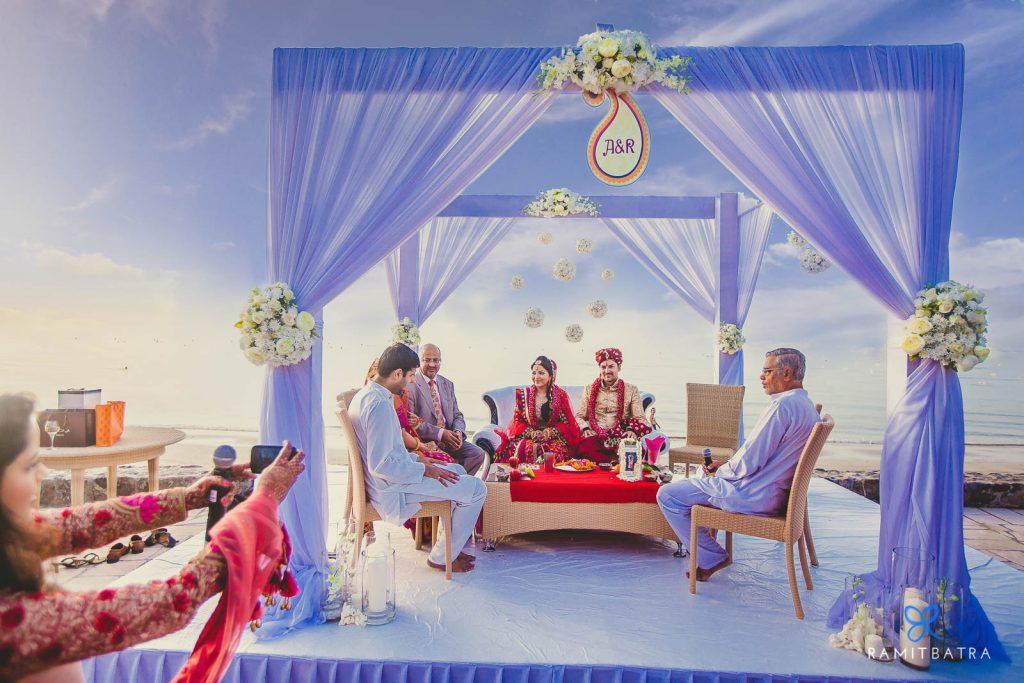 12 Gorgeous Mandap Decor For Beach Weddings, 7 1 1