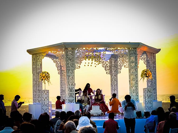 12 Gorgeous Mandap Decor For Beach Weddings, 9 1