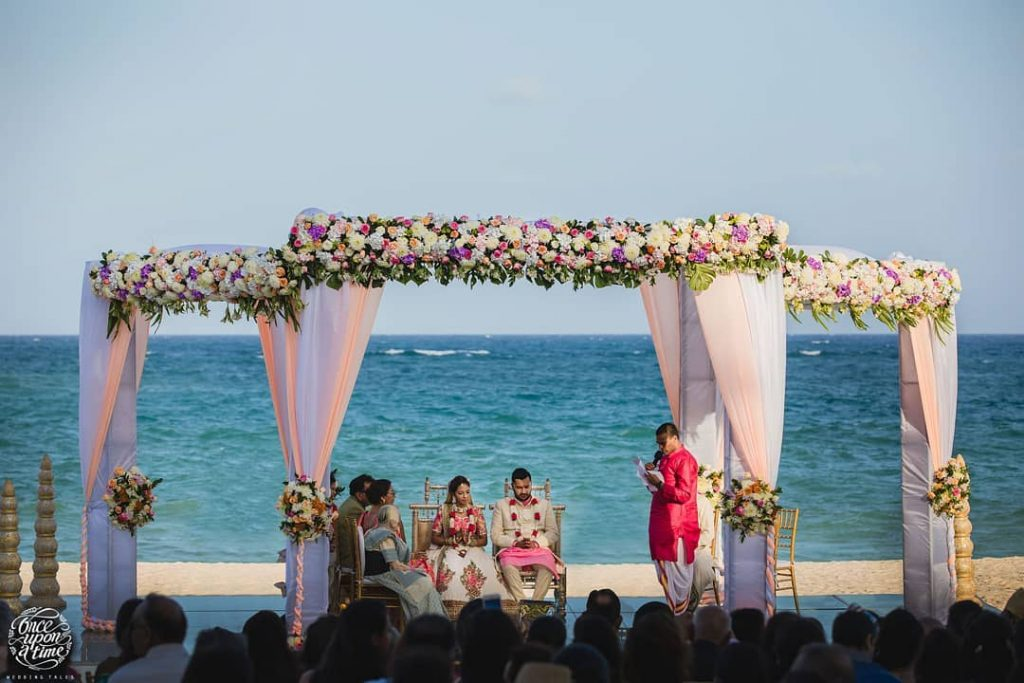 12 Gorgeous Mandap Decor For Beach Weddings, beach10