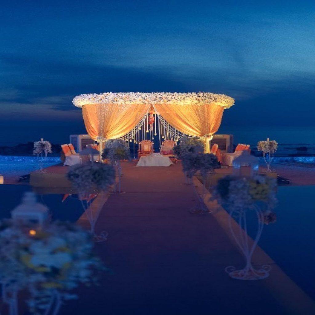 12 Gorgeous Mandap Decor For Beach Weddings, beach12