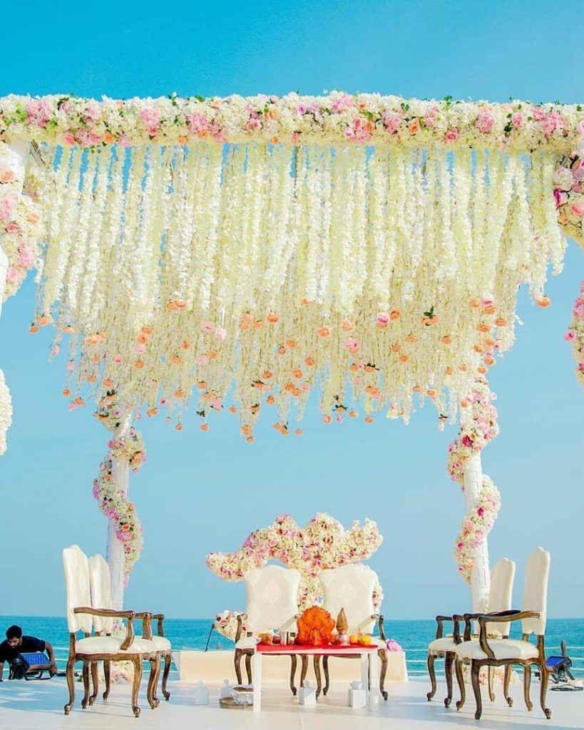 Unique mandap ideas- open-air Beach Mandap