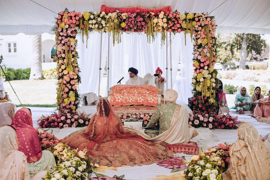 10 Stunning Anand Karaj Decor, 7 4
