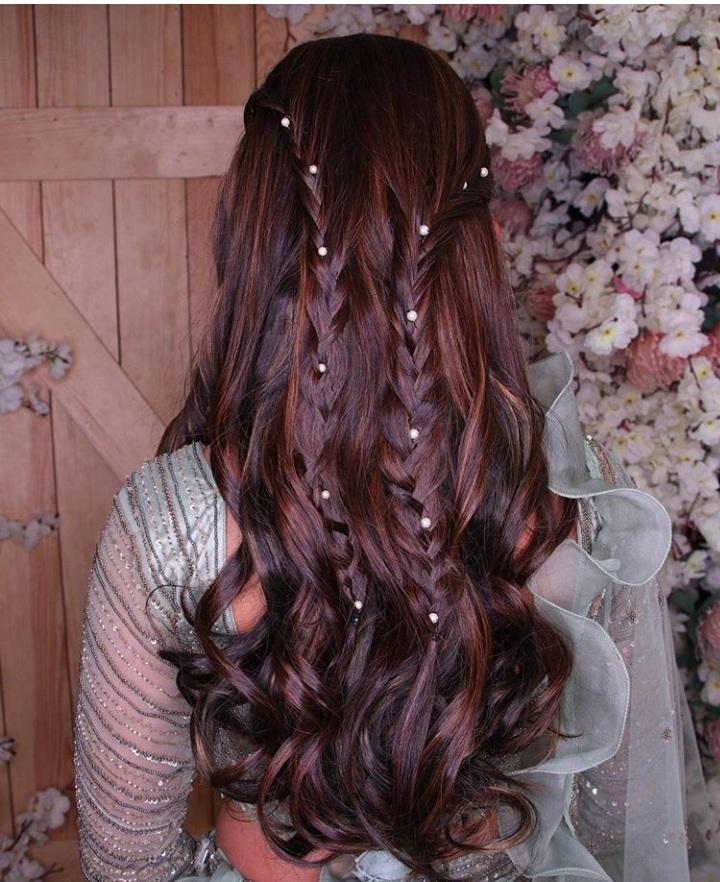 best mehendi hairstyle