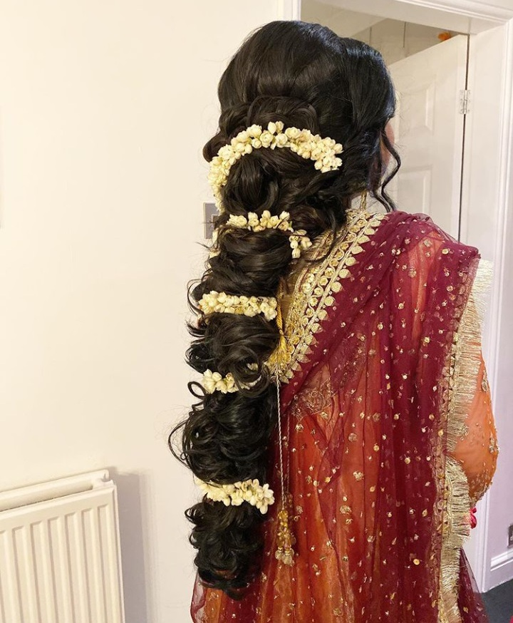 best pakistani bridal mehndi hairstyle