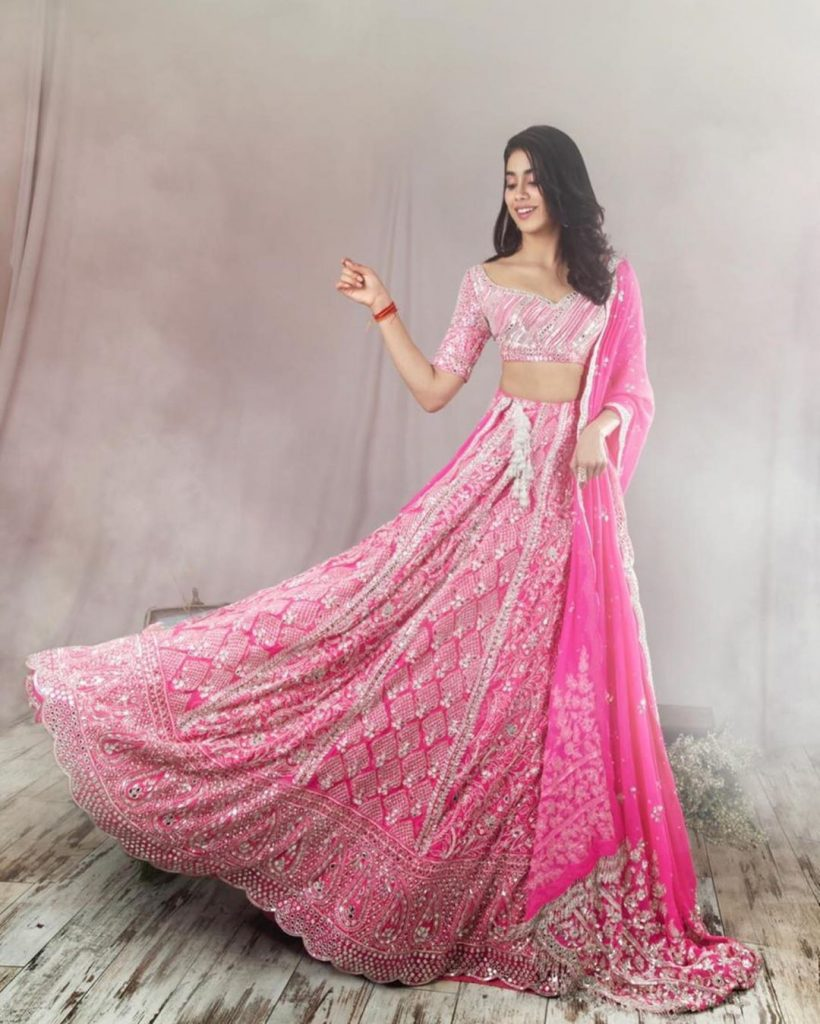 Top Indian Designer Every Bride Has To Know Before Finalising Her Bridal Outfits, manishmalhotra05 manishmalhotra05 15955866759050