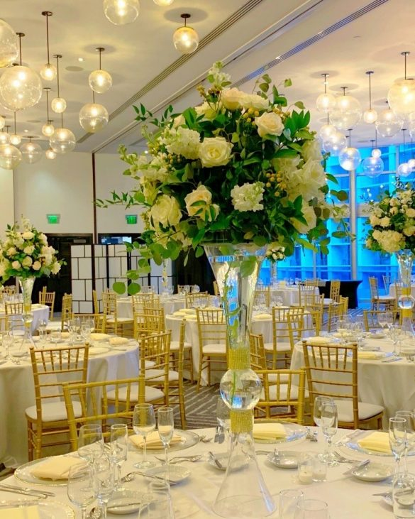 Gorgeous and Unique Wedding Centerpieces for the Gala Dinner, 1 9