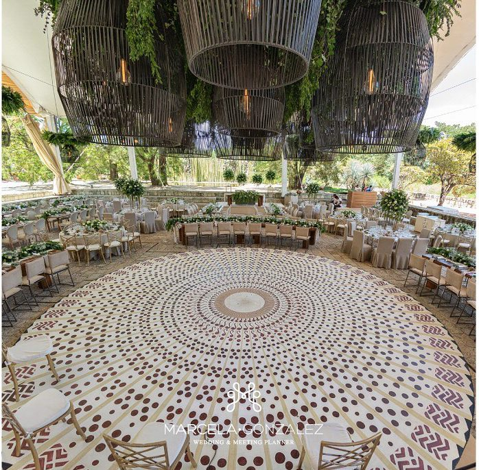 16 Vibrant Dance Floor Decor to Set that Twerky Rythm at Your Wedding, 12345 e1596546426680
