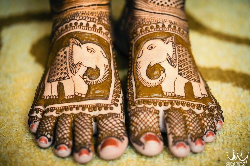 24 Amazing Feet Mehendi Designs for Brides, 8. Elephant Design