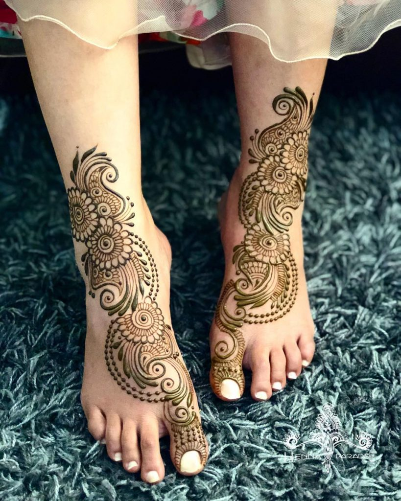 24 Amazing Feet Mehendi Designs for Brides, Authentic Mehendi Design 1 1