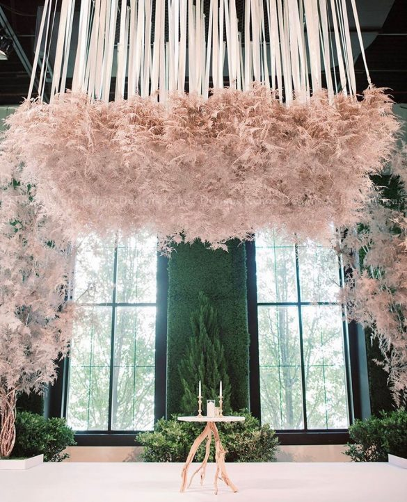 Everything You Need to Know about Floral Decor for Glamorous Wedding Venue, D 1