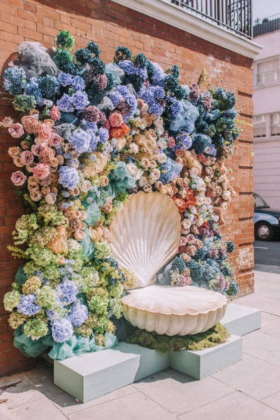 Everything You Need to Know about Floral Decor for Glamorous Wedding Venue, P 5 4
