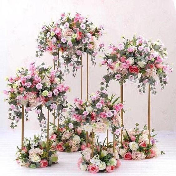 Everything You Need to Know about Floral Decor for Glamorous Wedding Venue, p1 2