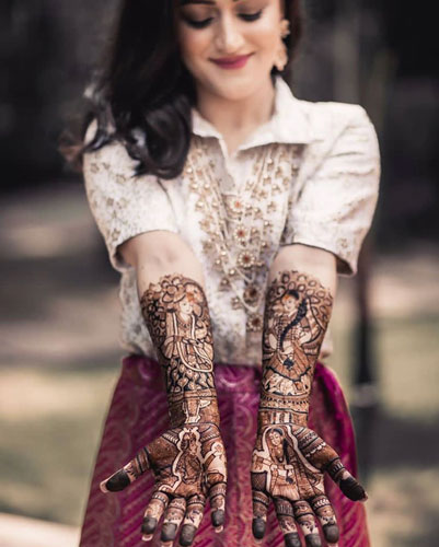 Real Brides Who Rocked In Off-Beat Mehendi Outfits You Have Never Seen Before!, shirt1