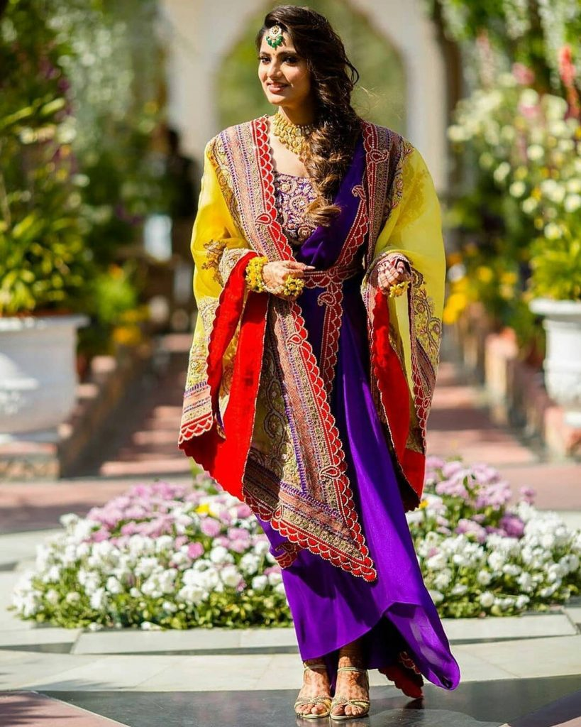 Real Brides Who Rocked In Off-Beat Mehendi Outfits You Have Never Seen Before!, zo wed zo wed 15972996811762