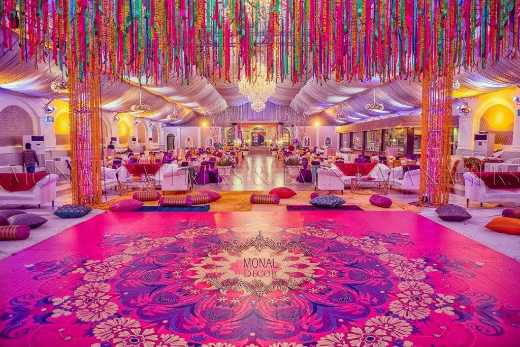 16 Vibrant Dance Floor Decor to Set that Twerky Rythm at Your Wedding, 1 110
