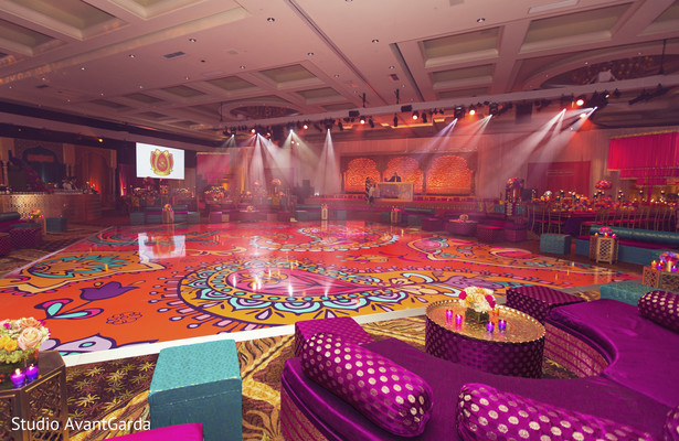 16 Vibrant Dance Floor Decor to Set that Twerky Rythm at Your Wedding, 1 117