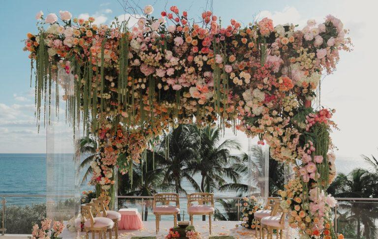 24 Enchanting Floral Mandap Decor for Planning OTT Indian Wedding, 1 140
