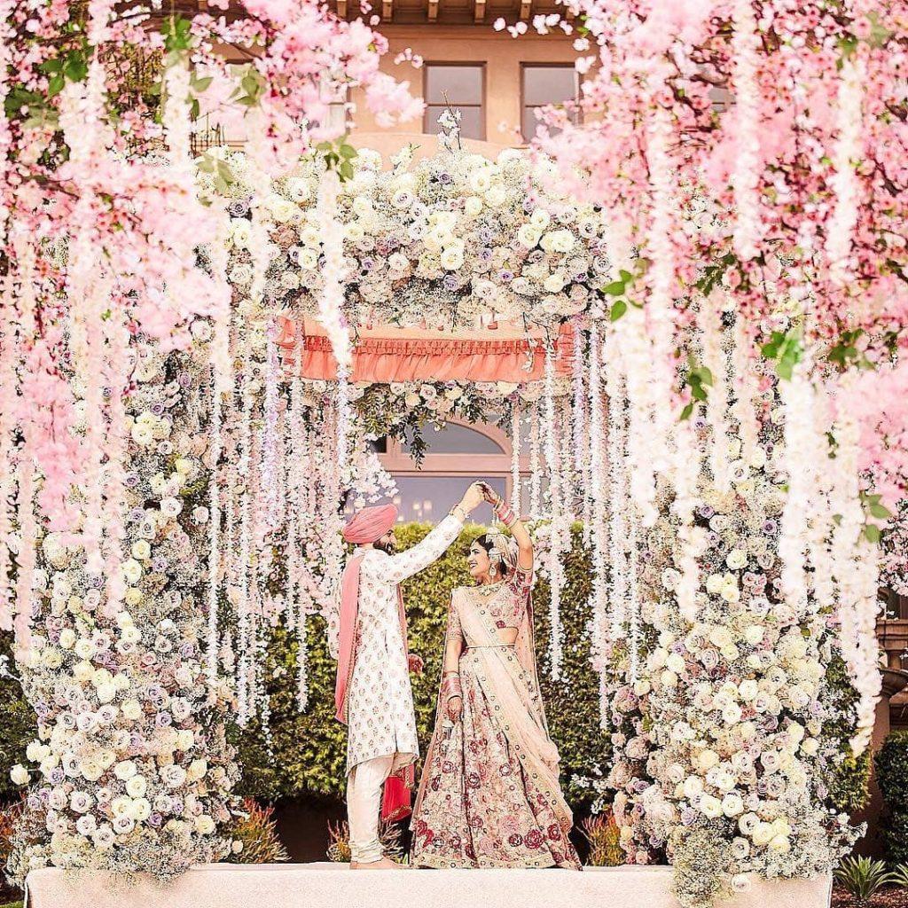 24 Enchanting Floral Mandap Decor for Planning OTT Indian Wedding, 1 141