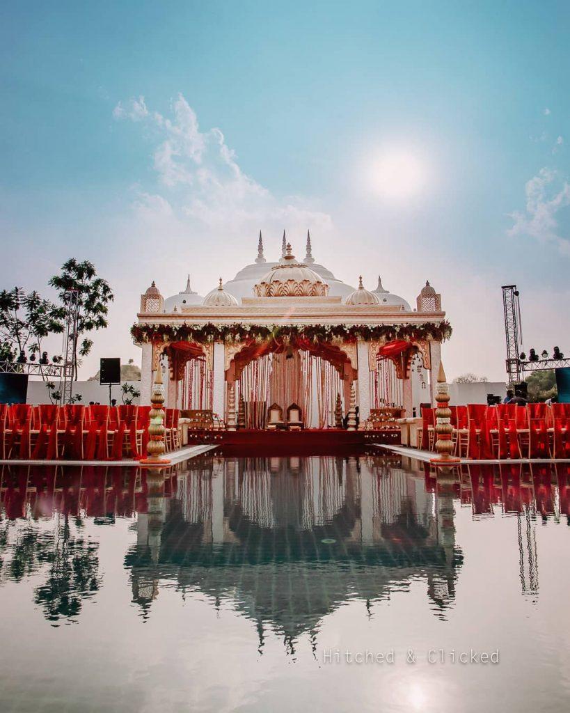 24 Enchanting Floral Mandap Decor for Planning OTT Indian Wedding, 1 144