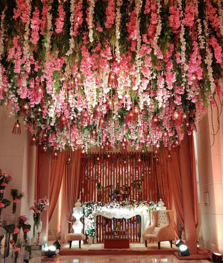 24 Enchanting Floral Mandap Decor for Planning OTT Indian Wedding, 1 146
