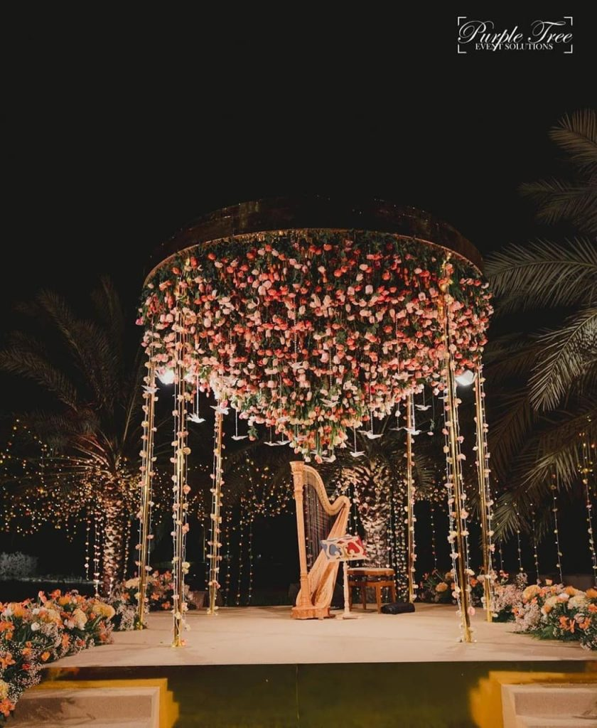 24 Enchanting Floral Mandap Decor for Planning OTT Indian Wedding, 1 147