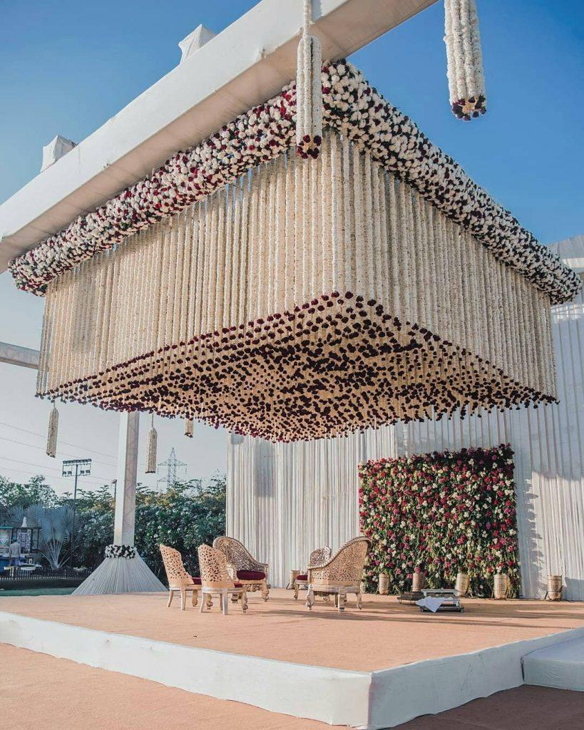 24 Enchanting Floral Mandap Decor for Planning OTT Indian Wedding, 1 148