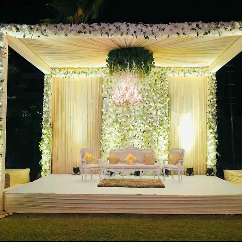 24 Enchanting Floral Mandap Decor for Planning OTT Indian Wedding, 1 149