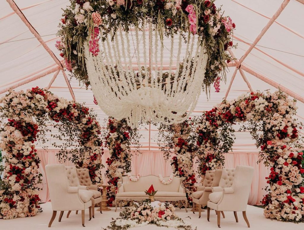 24 Enchanting Floral Mandap Decor for Planning OTT Indian Wedding, 1 151