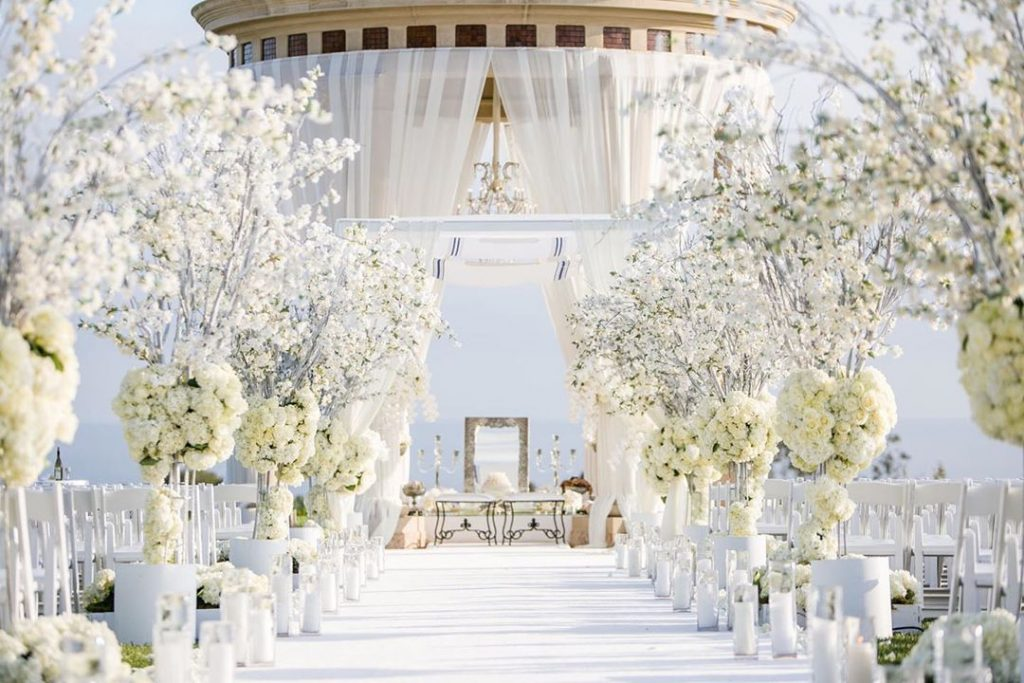 24 Enchanting Floral Mandap Decor for Planning OTT Indian Wedding, 1 152