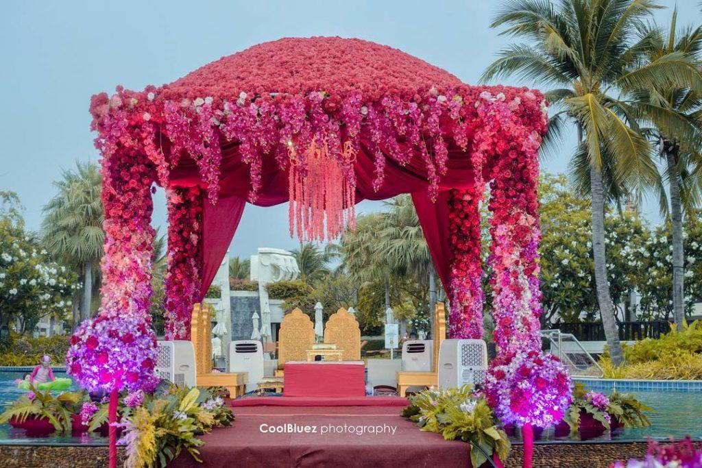 24 Enchanting Floral Mandap Decor for Planning OTT Indian Wedding, 1 153