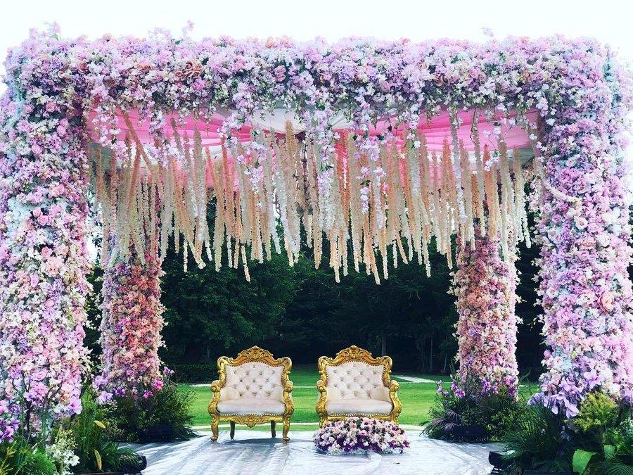 24 Enchanting Floral Mandap Decor for Planning OTT Indian Wedding, 1 159