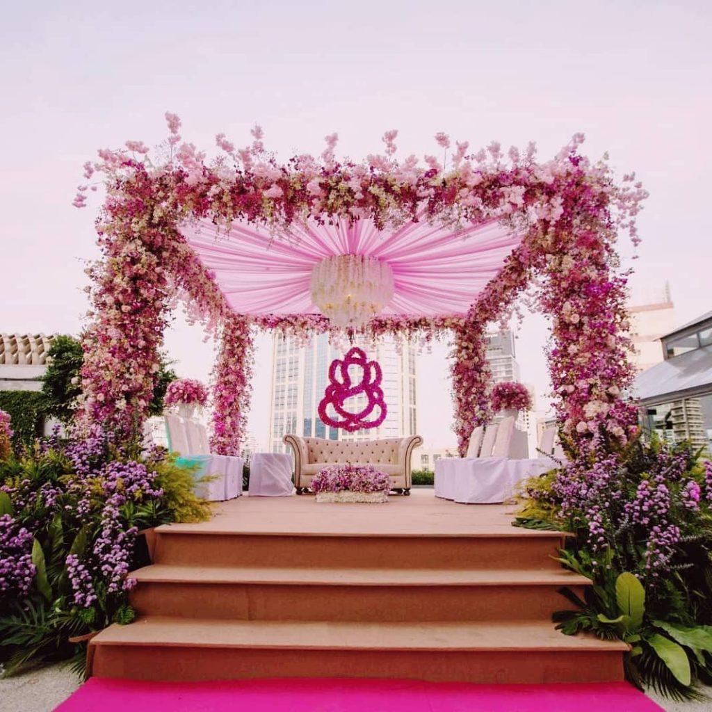 24 Enchanting Floral Mandap Decor for Planning OTT Indian Wedding, 1 165