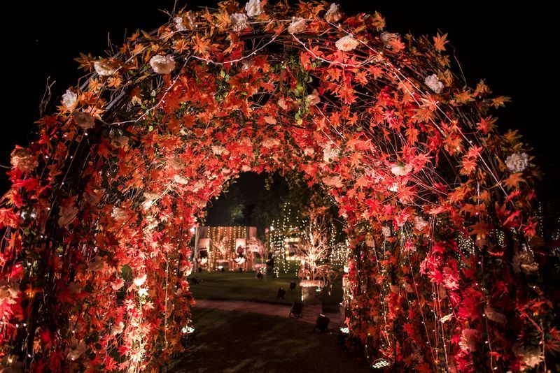 20 Floral Entrance Decor to Venue For Royal Weddings, 1 179