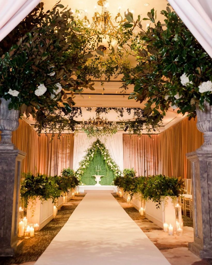 20 Floral Entrance Decor to Venue For Royal Weddings, 1 188