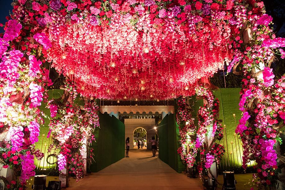 20 Floral Entrance Decor to Venue For Royal Weddings, 1 189