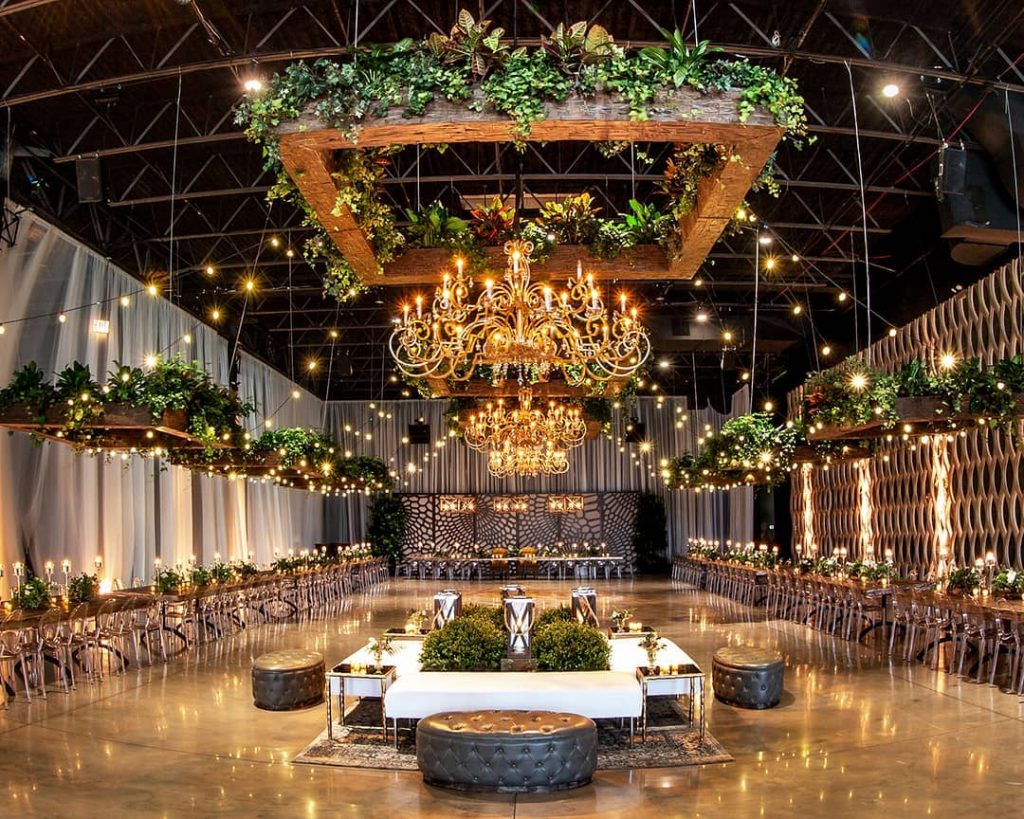 22 Mesmerising & Unique Ceiling Decor Ideas for Wedding Venue, 1 216