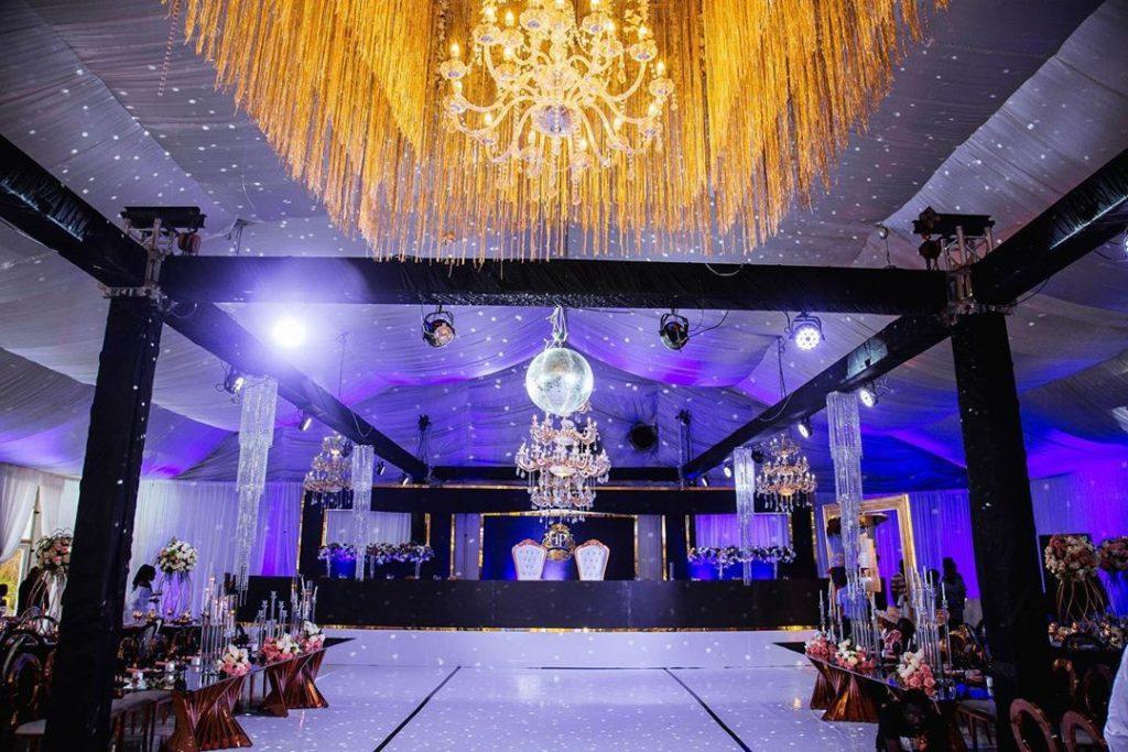 22 Mesmerising & Unique Ceiling Decor Ideas for Wedding Venue, 1 238