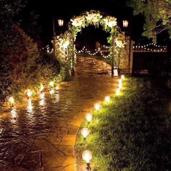 Trending Walkway Decor Ideas that could be the Oomph Factor of Your Wedding, 1 3