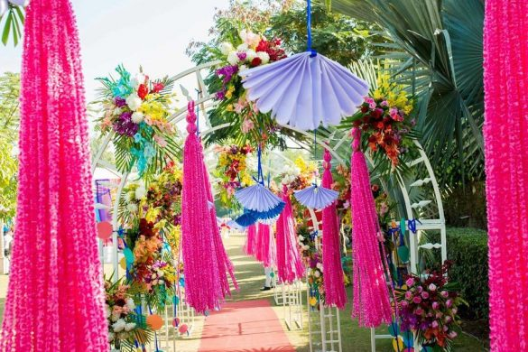 Trending Walkway Decor Ideas that could be the Oomph Factor of Your Wedding, 1 5