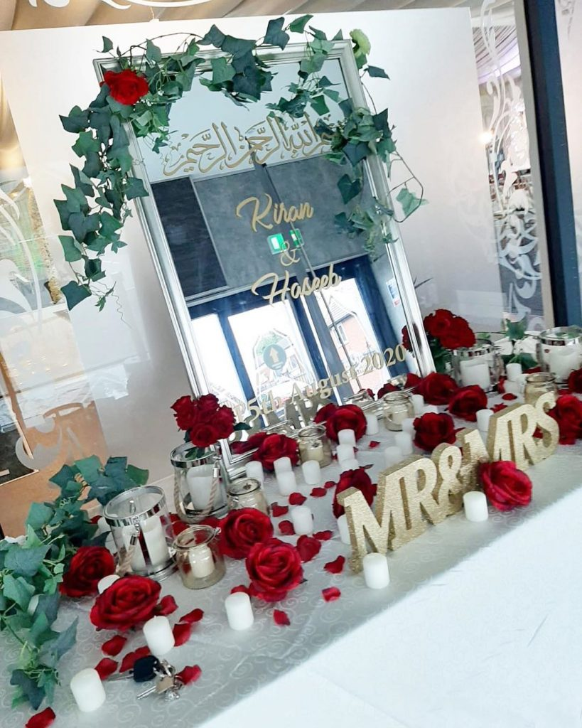 #Timeless trends: Fancy and Elegant Mirror Decor and Welcome Signs, 1 56