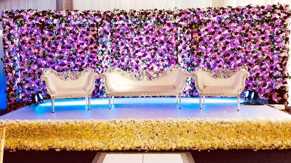 23 Gorgeous Stage Decor Ideas for a Luxurious Wedding, 1 84